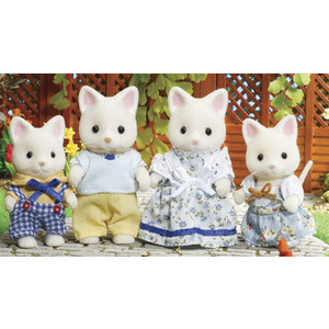 Sylvanian Families Набор ''Семья кошек'' 3143