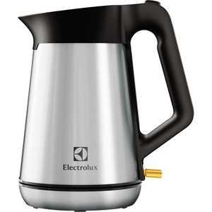 где купить Чайник электрический Electrolux EEWA 5300 дешево