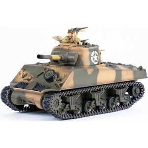 Танк Pilotage ''US M4 Sherman Desert Camouflage Airsoft'', р/у, (1:24), пневмо RC13709