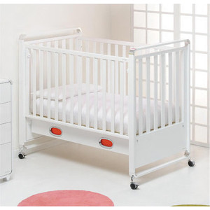 Кроватка Foppapedretti Jazz Lettino автостенка/ колесо/ящик 9900174710 кроватка без укачивания foppapedretti fred lettino 125x65 см разноцветный
