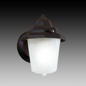 Уличный настенный светильник Eglo 3376