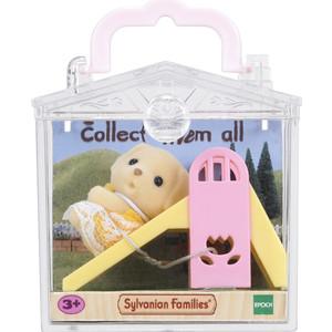 Игровой набор Sylvanian Families Младенец в пластиковом сундучке (5204) от ТЕХПОРТ