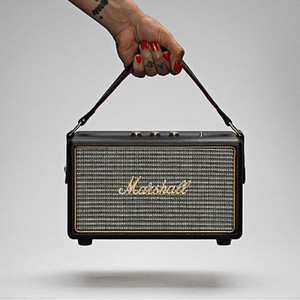 Портативная колонка Marshall Kilburn black отправка из ru телевизор pranen смарт wifi телевизор 65gh smh14 4k ultra hd плотского экрана 4сpu процессора hdmi usb