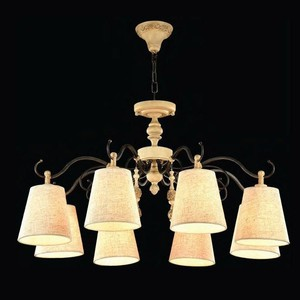 Подвесная люстра Maytoni ARM034-08-R настольная лампа maytoni декоративная cipresso arm034 11 r