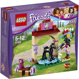 Конструктор Lego Салон для жеребят (41123)