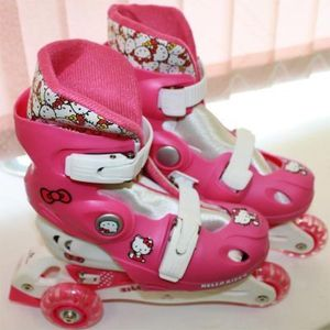 трехколесные самокаты Раздвижные трехколесные роликовые коньки Hello Kitty 2541