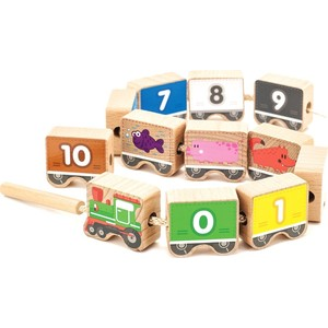 Мир деревянных игрушек Игровой набор Паровозик шнуровка-цифры 12 дет (Д401)