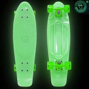RT 402E-G Скейтборд Big Fishskateboard GLOW 27 винил 68,6х19 с сумкой GREEN/green скейтборд 8 колес