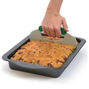 Противень прямоугольный BergHOFF с инструментом для нарезания 36x27x5 см Perfect Slice (1100051) форма для выпечки berghoff perfect slice круглая с инструментом для нарезания диаметр 22 см