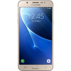 Смартфон Samsung Galaxy J7 (2016) 16Gb gold смартфон samsung galaxy j3 2017 16gb blue