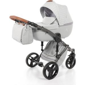 Детская коляска 2 в 1 Junama MADENA JM-07 (бежевый/светло-бежевые ромбы) детская коляска 2 в 1 junama diamond jd 04 бежевый черный короб