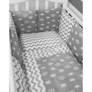 Фотография товара комплект в кроватку By Twinz с бортиками-подушками 6 пр. Короны серые (795252)